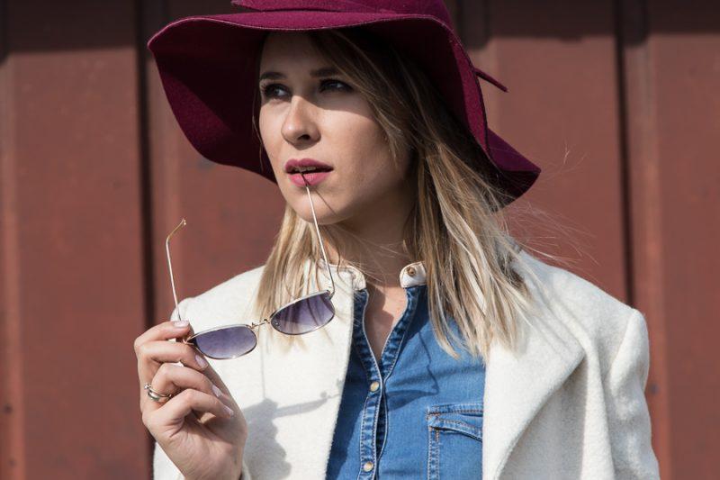 modelka w kapeluszu - białystok